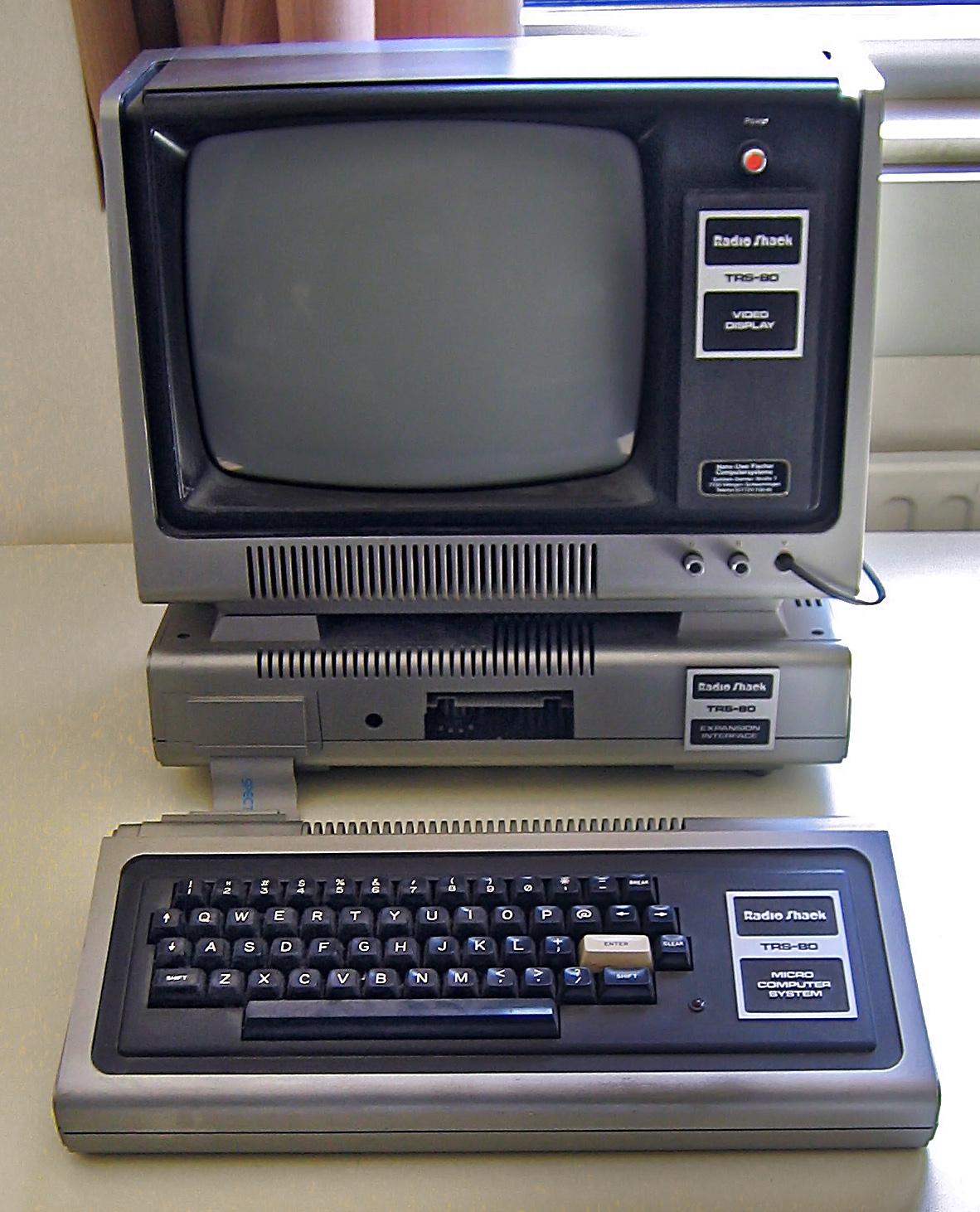 TRS-80 Model I(Wikipediaより)