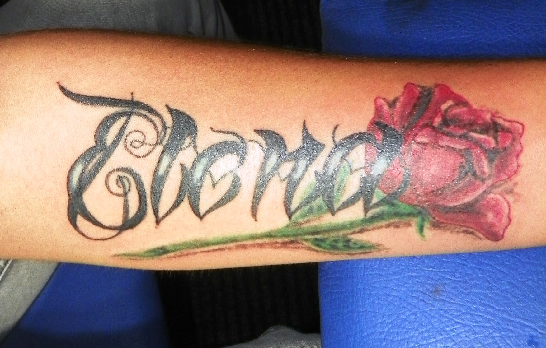 Name Tattoo Designs On Side Wrist