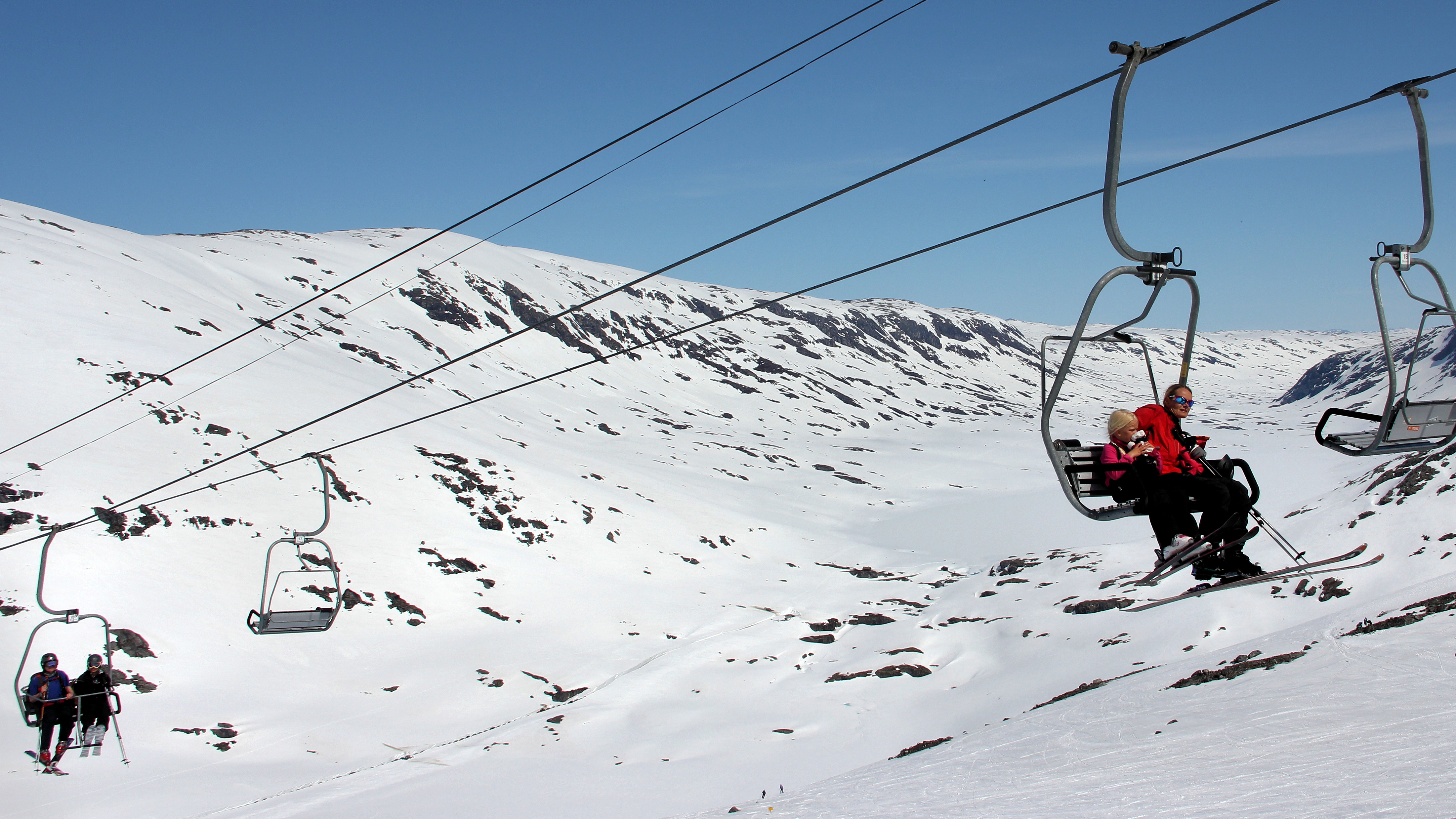 File Two seater chairlift 01 JPG Wikimedia mons