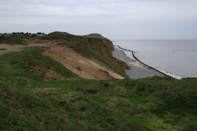 West from West Runton - geograph.org.uk - 302472