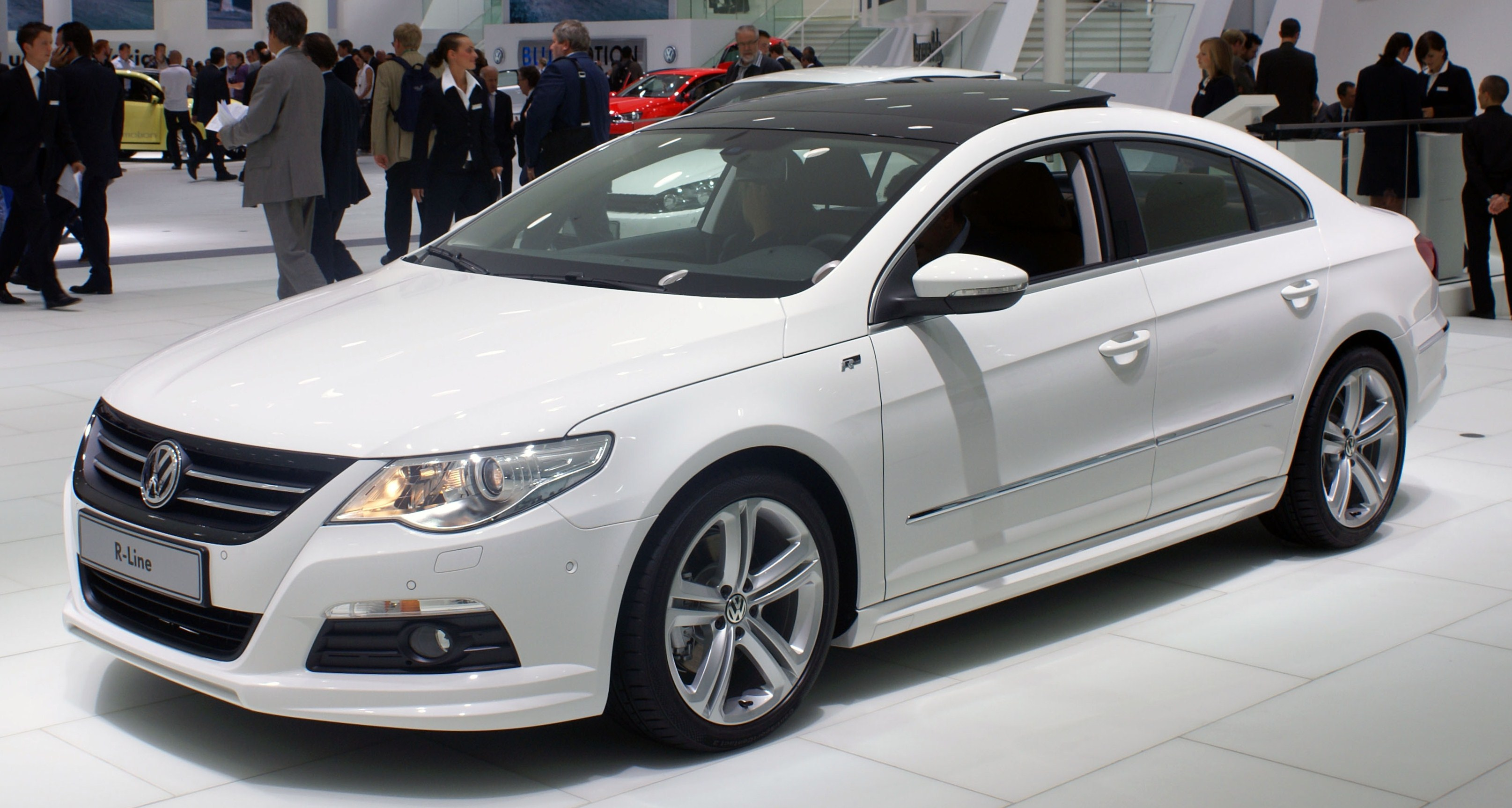 fil white vw passat cc r line fl iaa 2009 jpg wikipedia. Black Bedroom Furniture Sets. Home Design Ideas