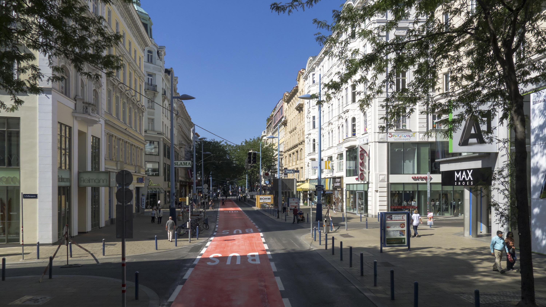 File:Wien 06 Mariahilfer Straße 065 a.jpg - Wikimedia Commons