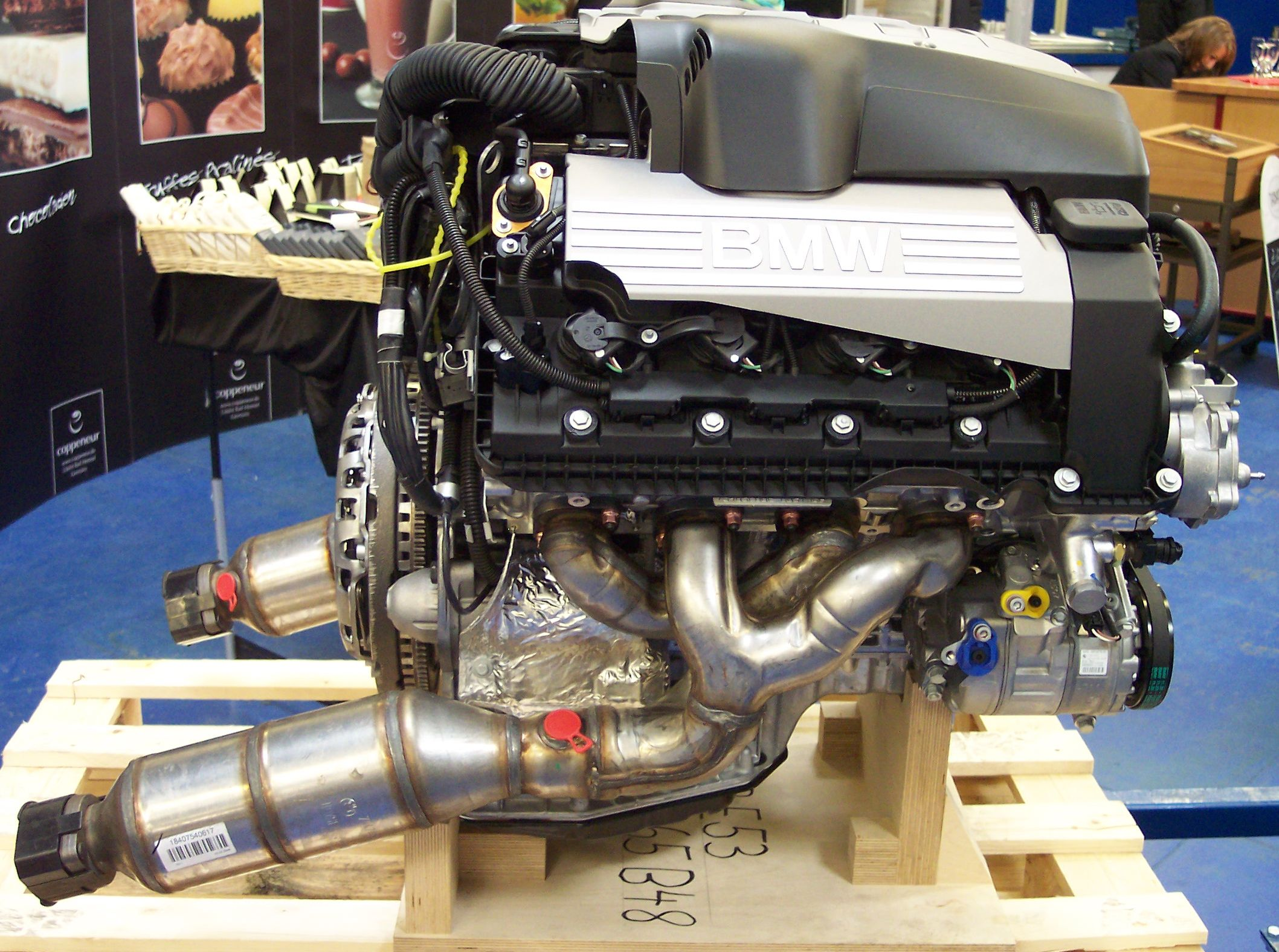 bmw 4 v8 engine bmw get image about wiring diagram file wiesmann produktion 4 bmw v8 engine jpg