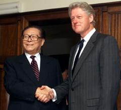 Presidents Jiang Zemin of China and Bill Clint...