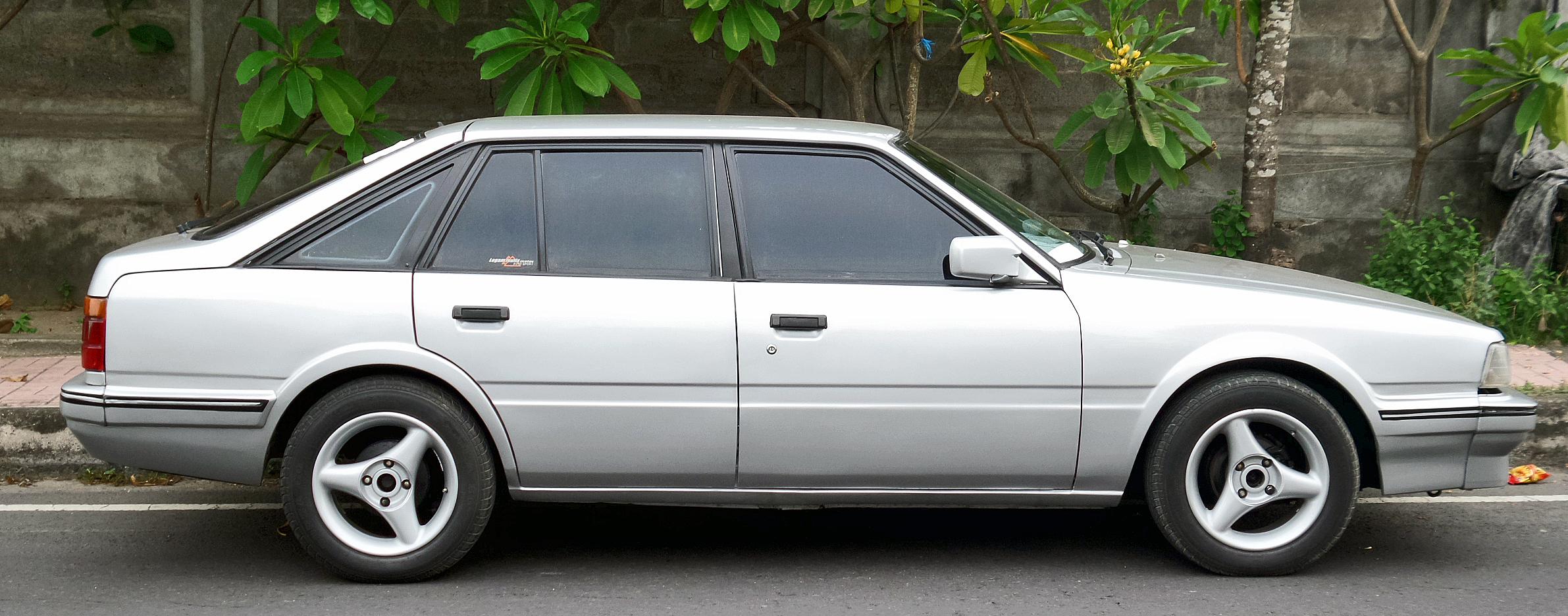 File:1986 Mazda 626 GLX (GC) hatchback (profile), wati.jpg ...