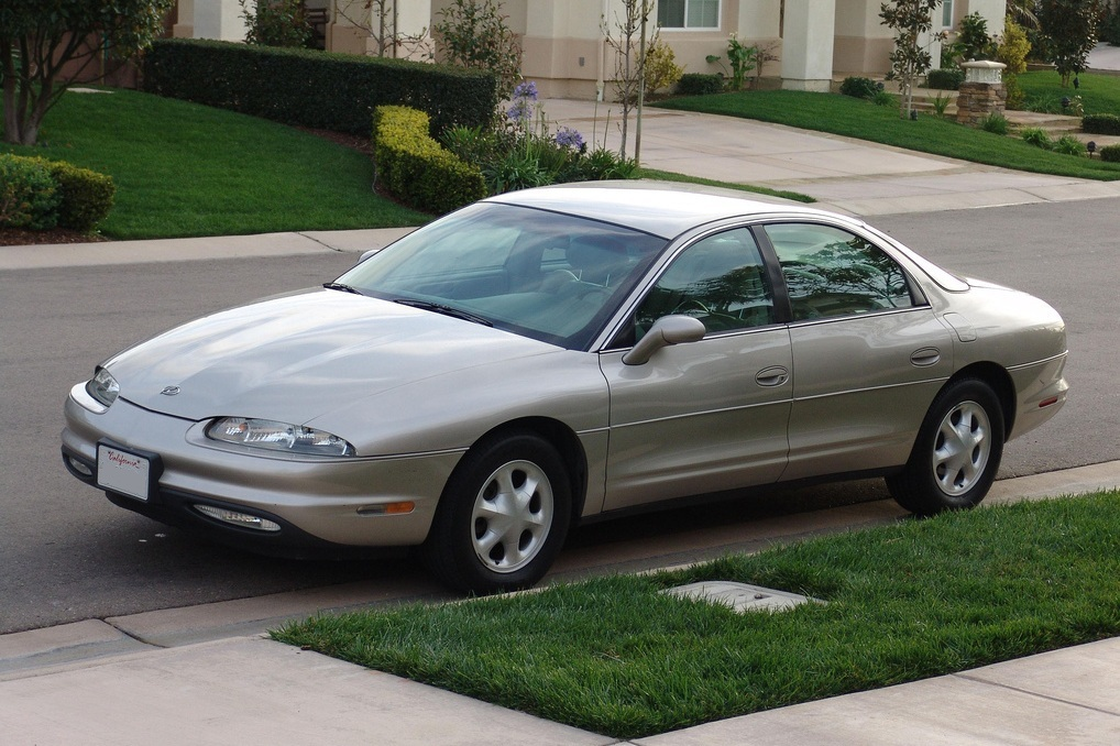 Oldsmobile Aurora - Wikipedia