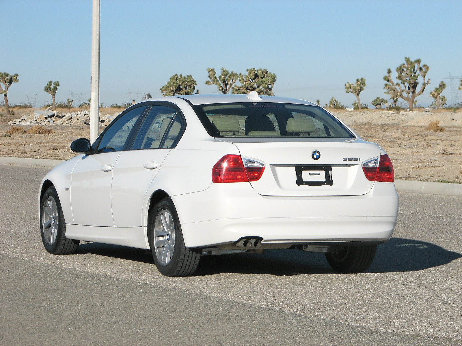 File 2006 Bmw 325i Nhtsa 02 Jpg Wikimedia Commons