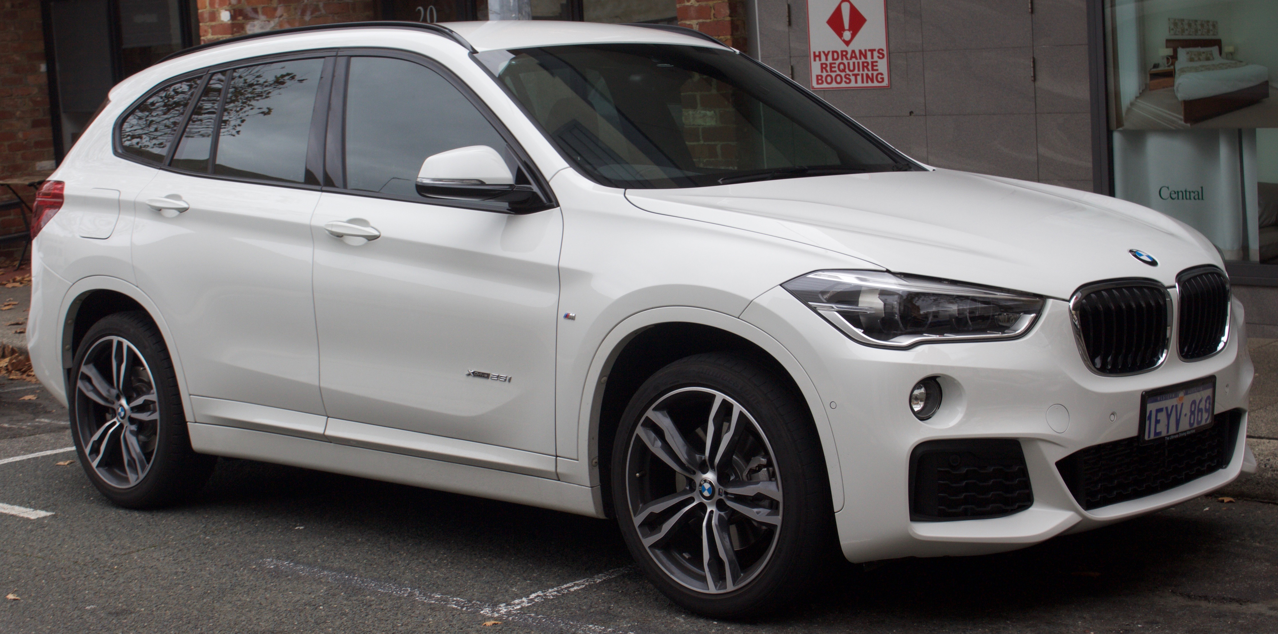 2016_BMW_X1_%28F84%29_xDrive25i_wagon_%282017 07 15%29_01 bmw x1 wikipedia  at edmiracle.co