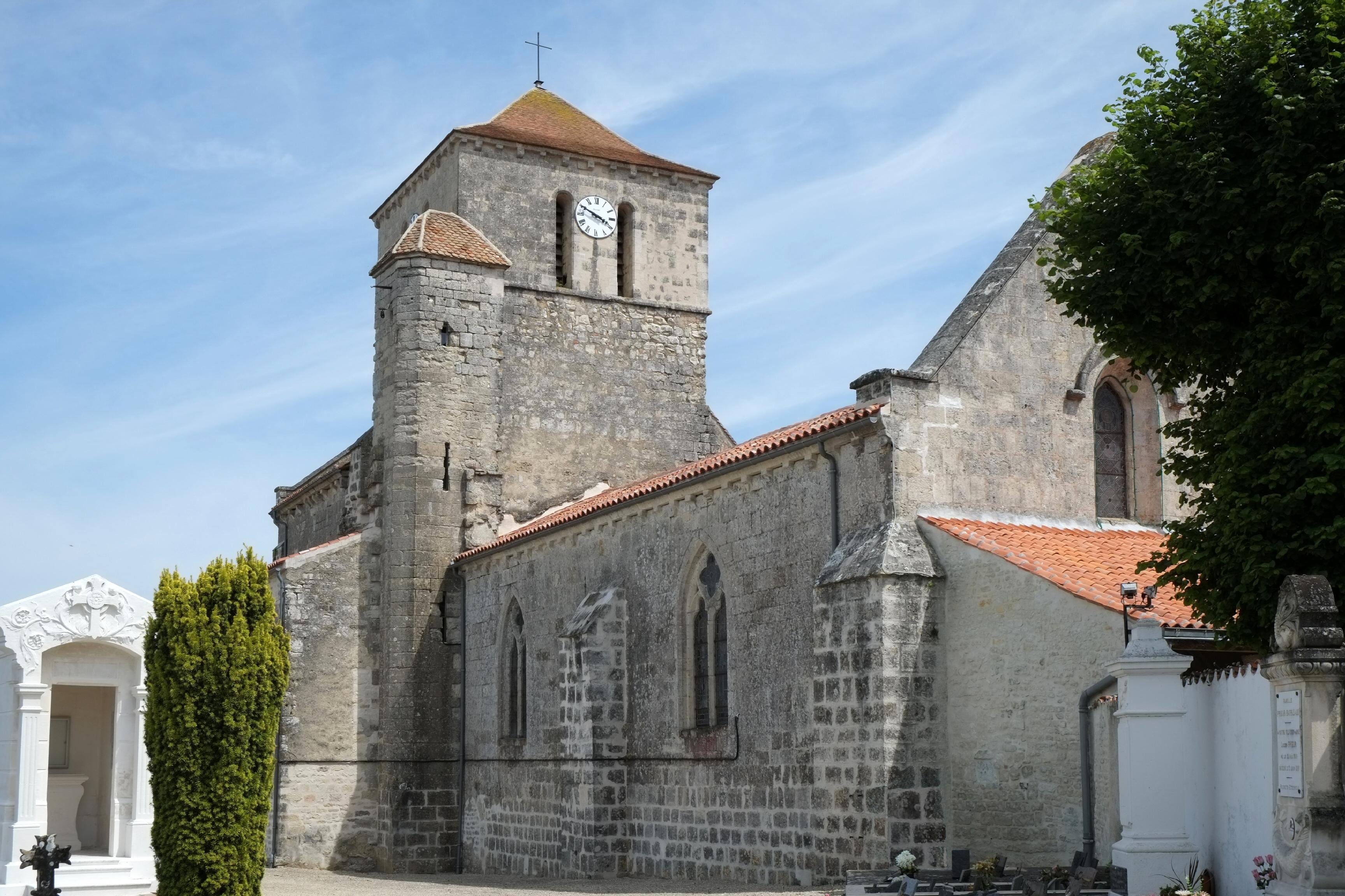 File 459 Eglise Saint Saturnin St Saturnin du Bois jpg Wikimedia Commons # St Saturnin Du Bois