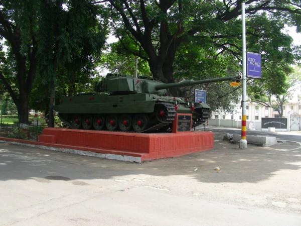 Auch Panzer kamen bei der Erstürmung des Tempels zum Einsatz.