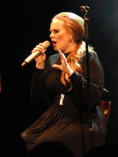 Adele - Seattle, WA - 8.12.2011.crop