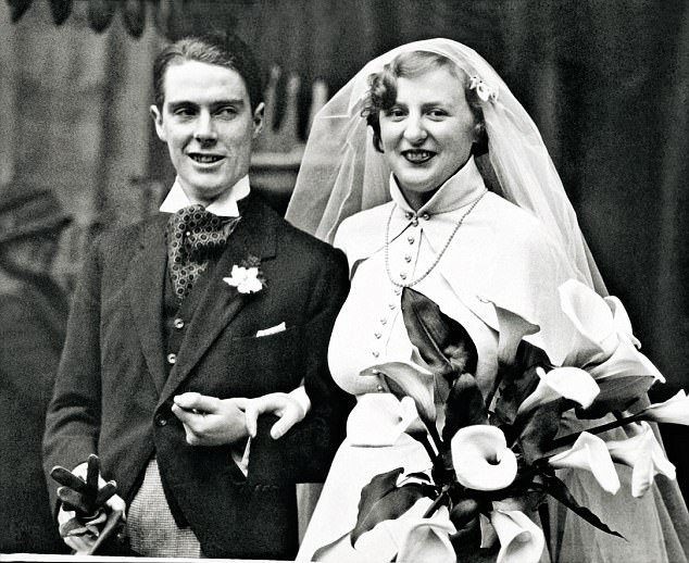 Anthony Powell with Violet on their wedding day in 1934