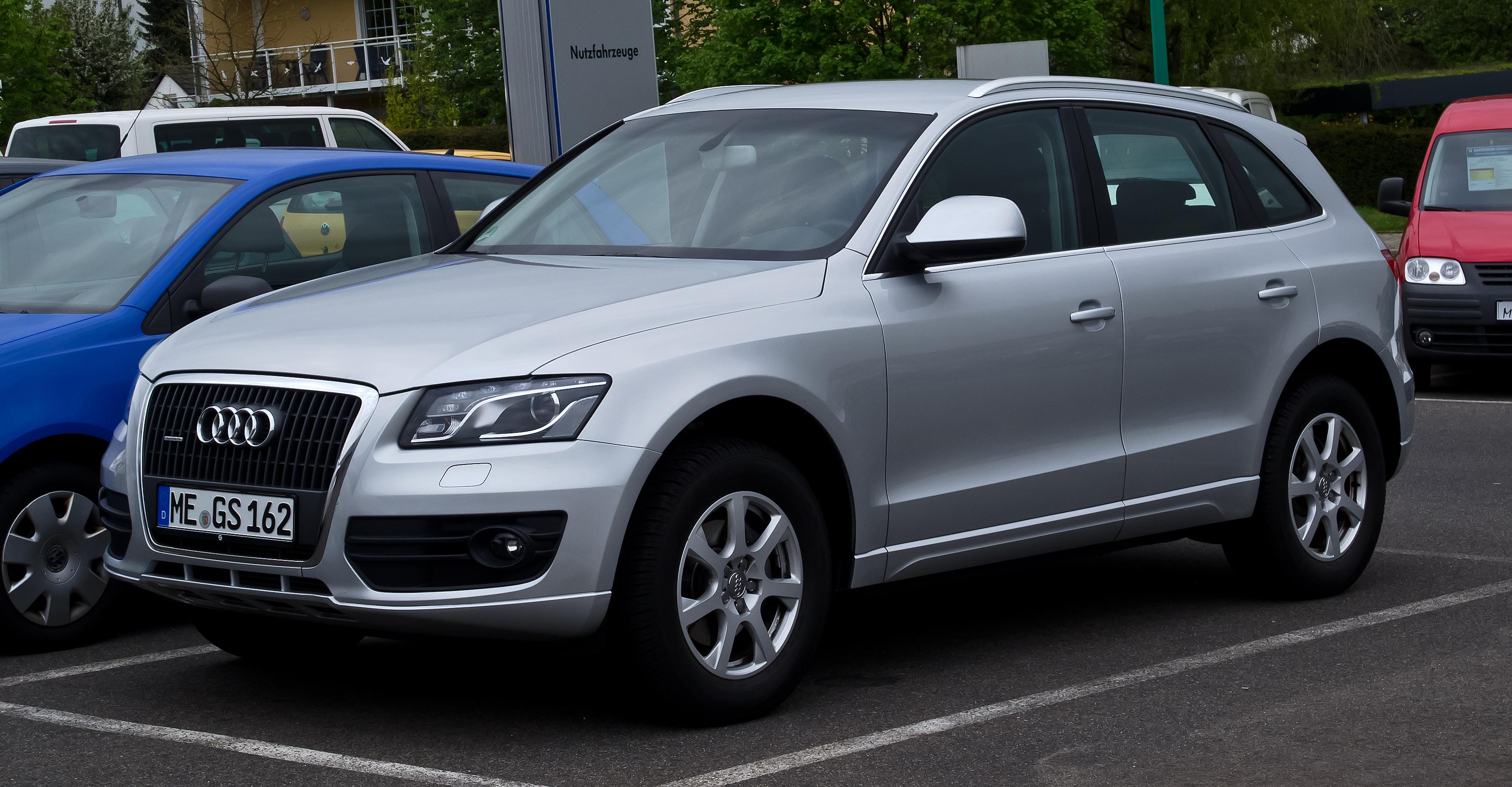 File:Audi Q5 2.0 TFSI quattro – Frontansicht, 3. Mai 2012, Velbert.jpg - Wikimedia Commons