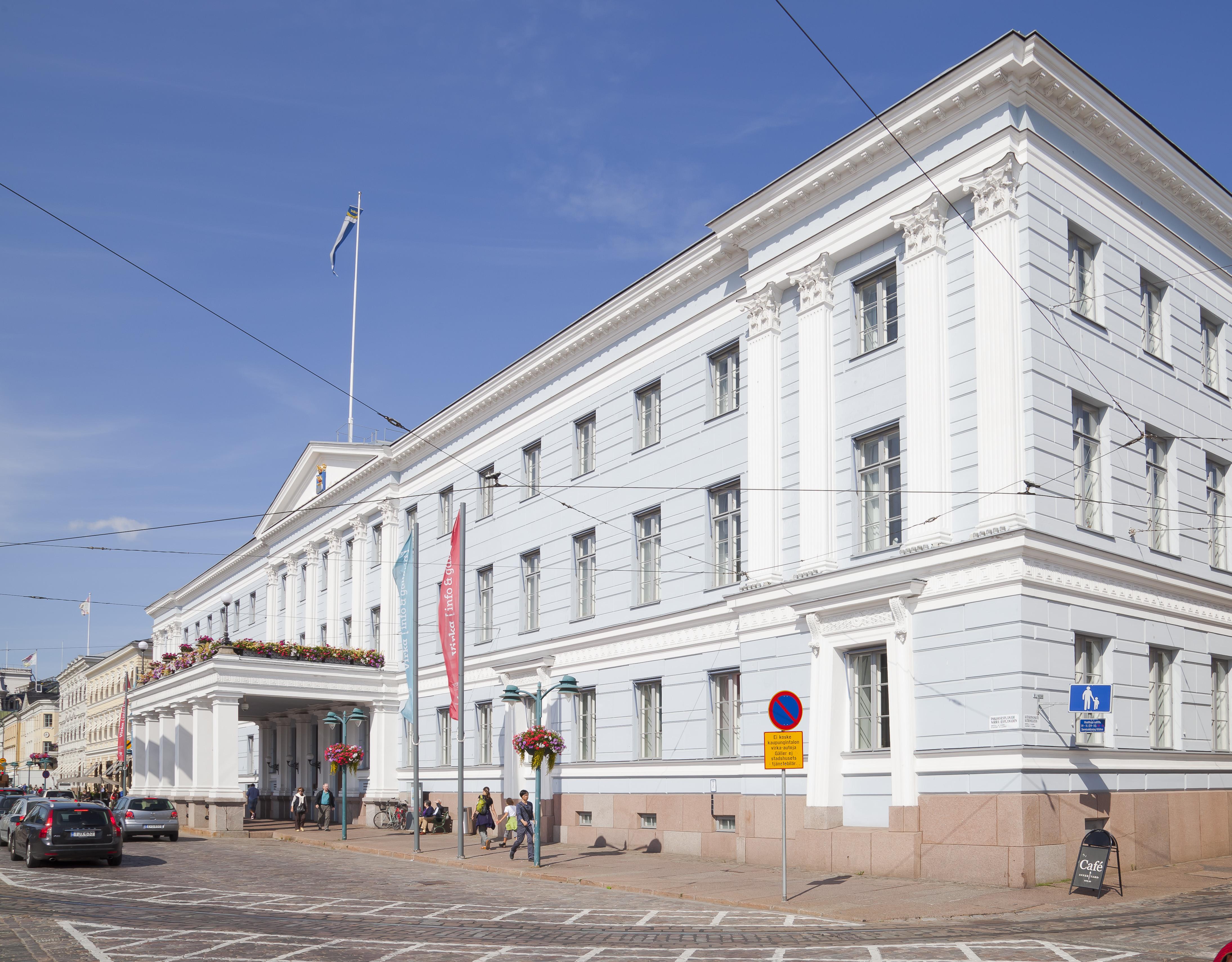File:Ayuntamiento, Helsinki, Finlandia, 2012-08-14, DD 01.JPG ...