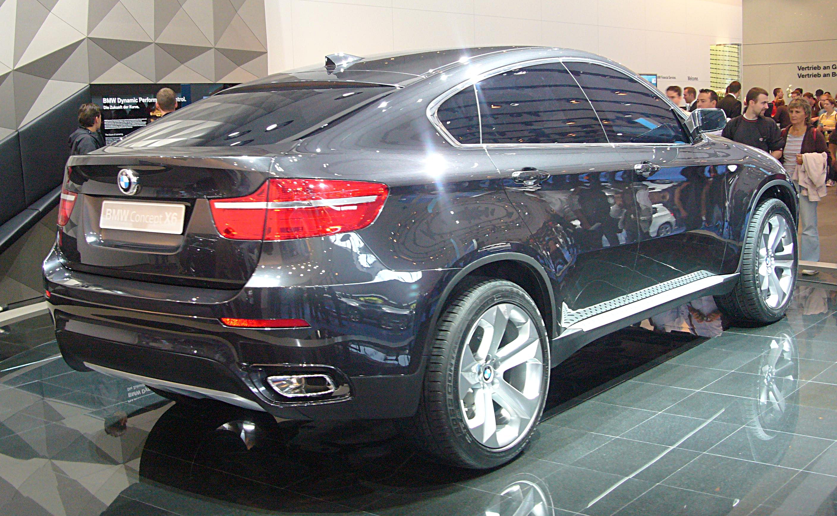 File:BMW Concept X6 (rear quarter).jpg - Wikimedia Commons