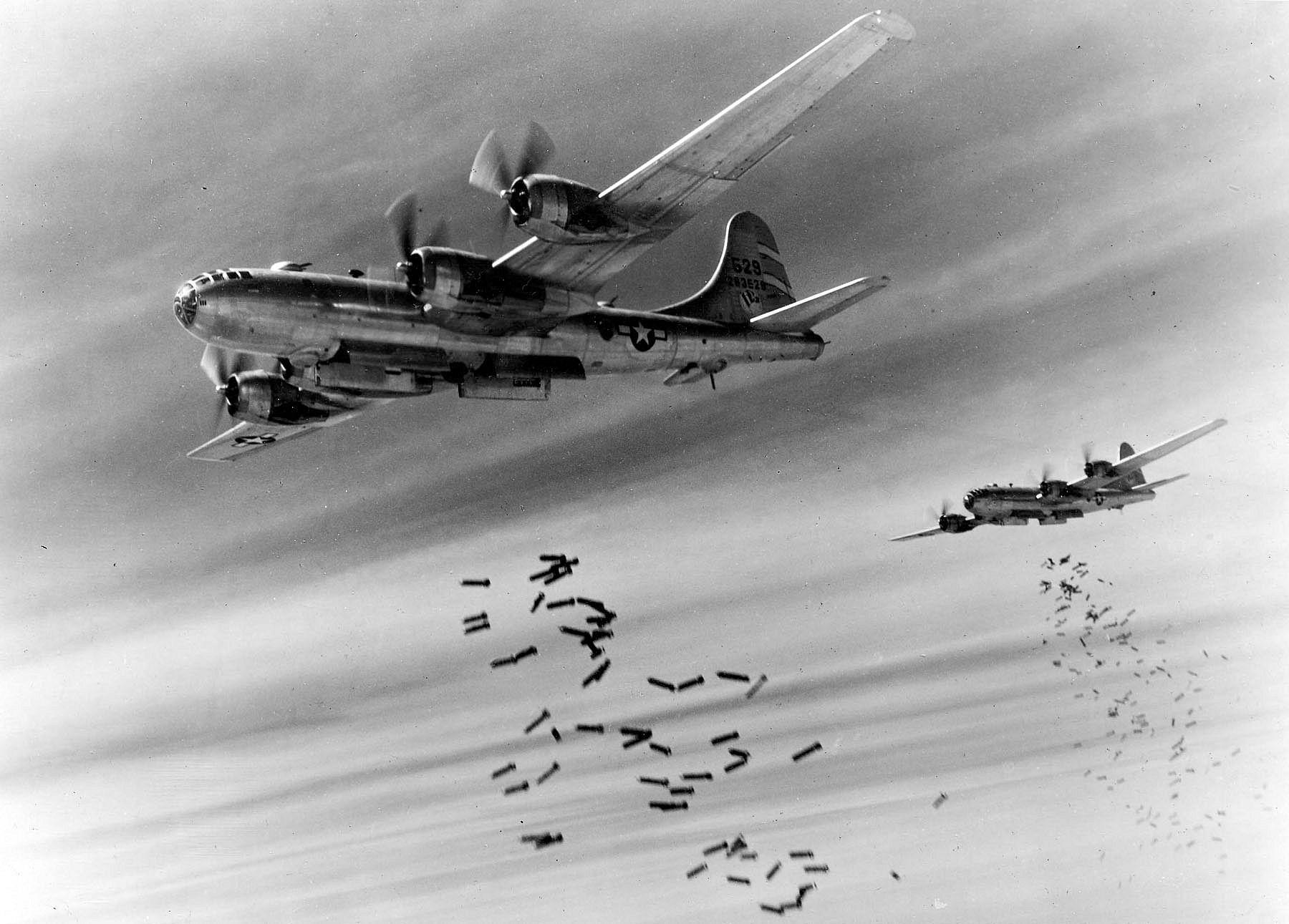 曾經轟炸東京,在廣島、長崎投下原子彈的B-29轟炸機,台灣沒有被這種巨無霸空襲的「榮幸」。