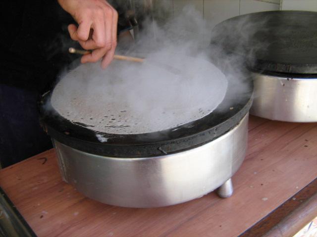 Crepes maker