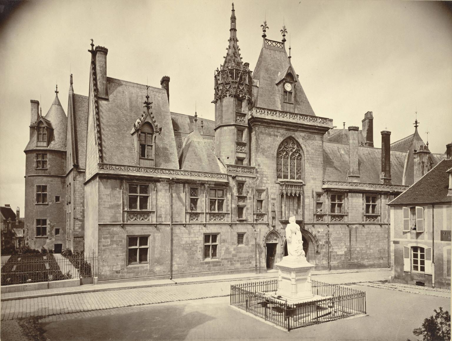 Hotel Coeur De Megeve Room Tariff