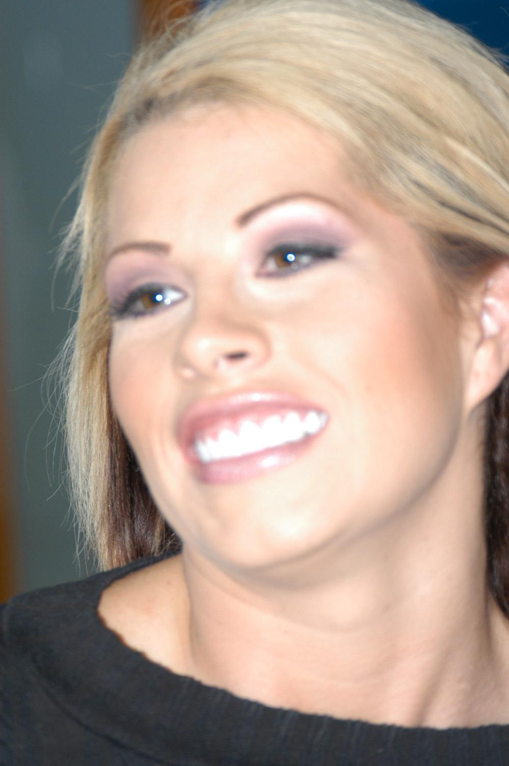 Hottest Pornstar Sophie Dee Bigbuttslikeitbig