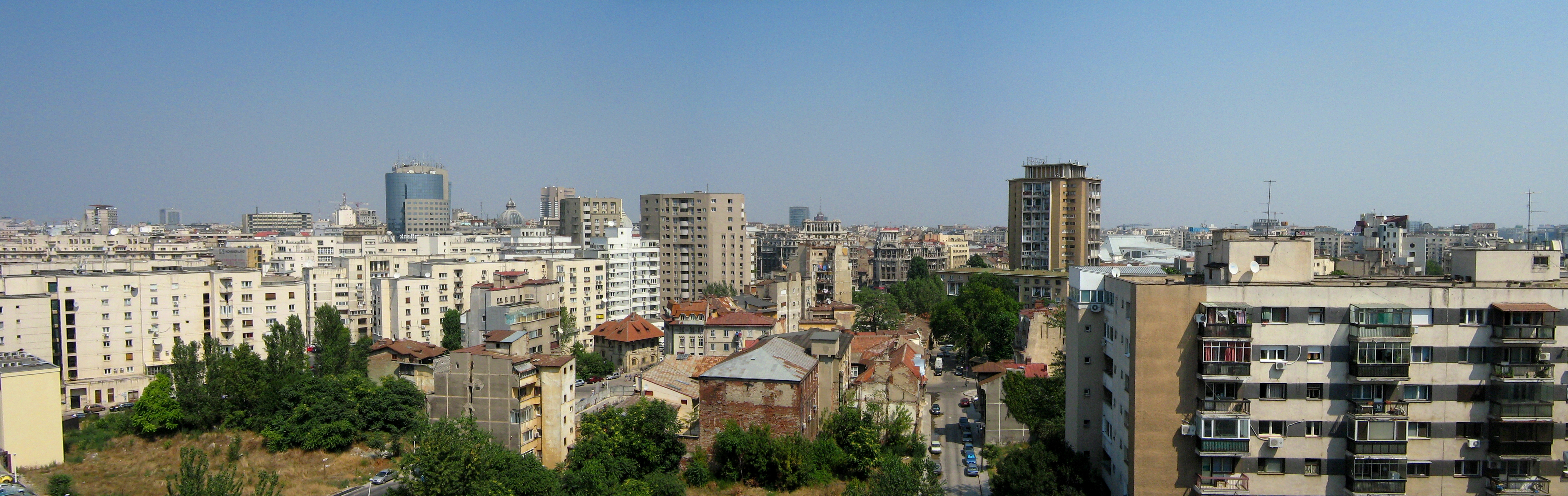 Bucharest Romania  City pictures : Description Bucharest, Romania panorama a