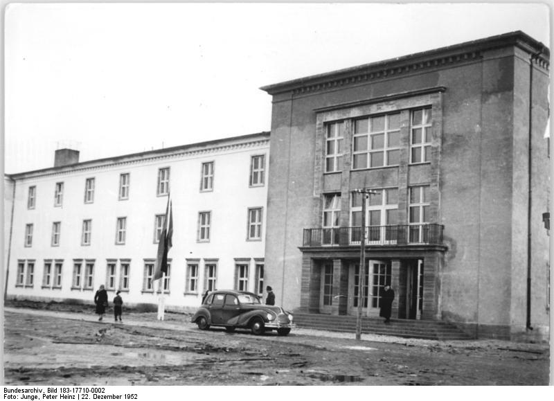 Hotel Am Lunik Park Hohen Neuendorf Asb Pflegeheim