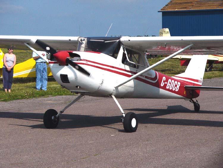 File:Cessna150taildraggerC-GOCB02.jpg