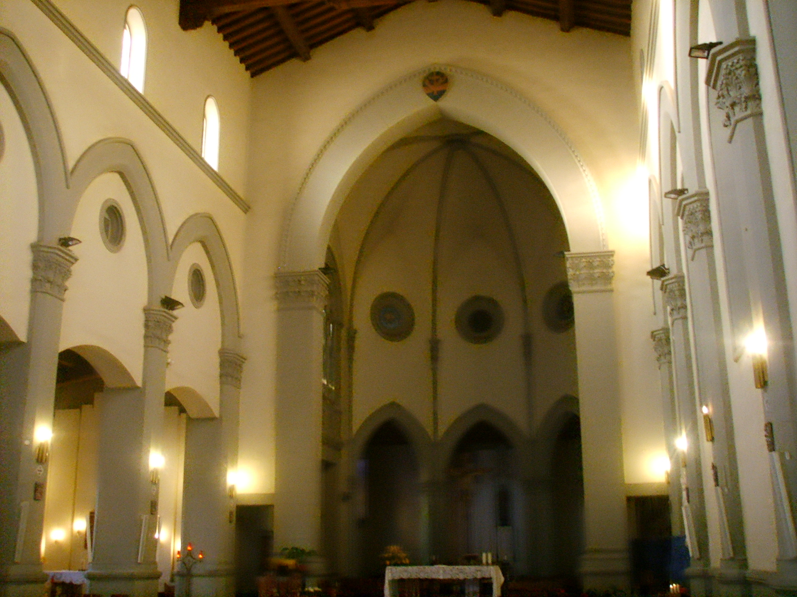 File chiesa di san francesco piazza savonarola dentro 1 for Piazza san francesco prato