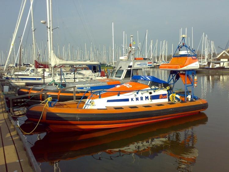KNRM reddingboot Martijn Koenraad Hof in de haven