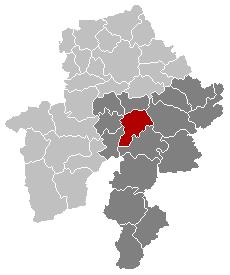 Situation de la ville dans l'arrondissement de Dinant et la province de Namur