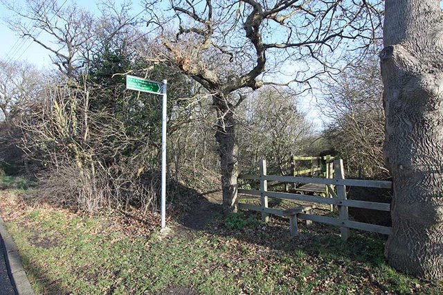 Footpath and Bridleway, Moor Lane, Cranham, Essex - geograph.org.uk - 1131279