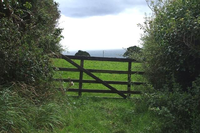 Gateway near Porthallow - geograph.org.uk - 530750