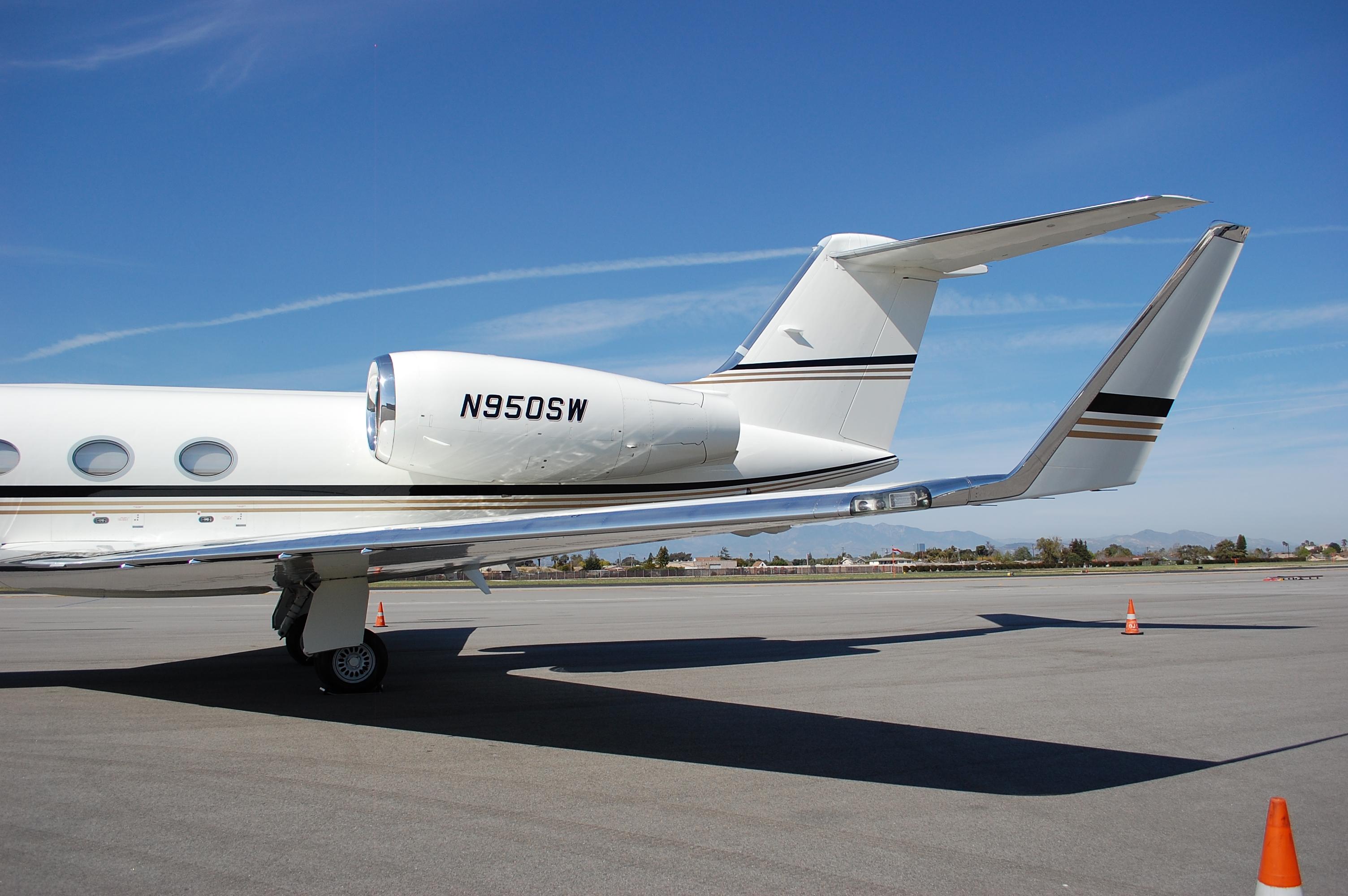File Gulfstream G450 5 Jpg Wikimedia Commons