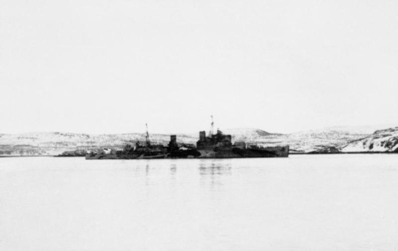 HMS_Trinidad_repair.jpg