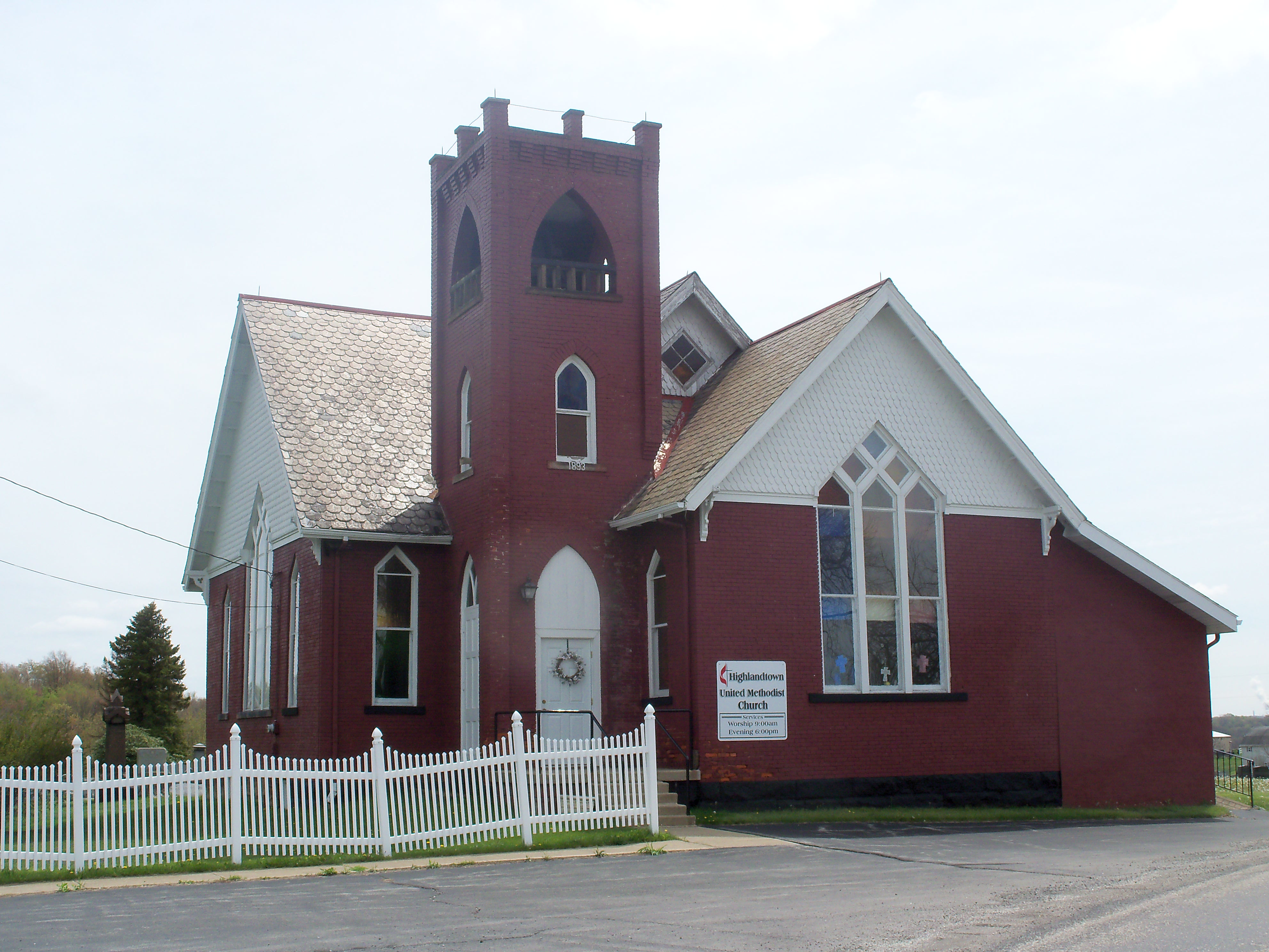 File:Highlandtown, Ohio UM Church.JPG - Wikimedia Commons