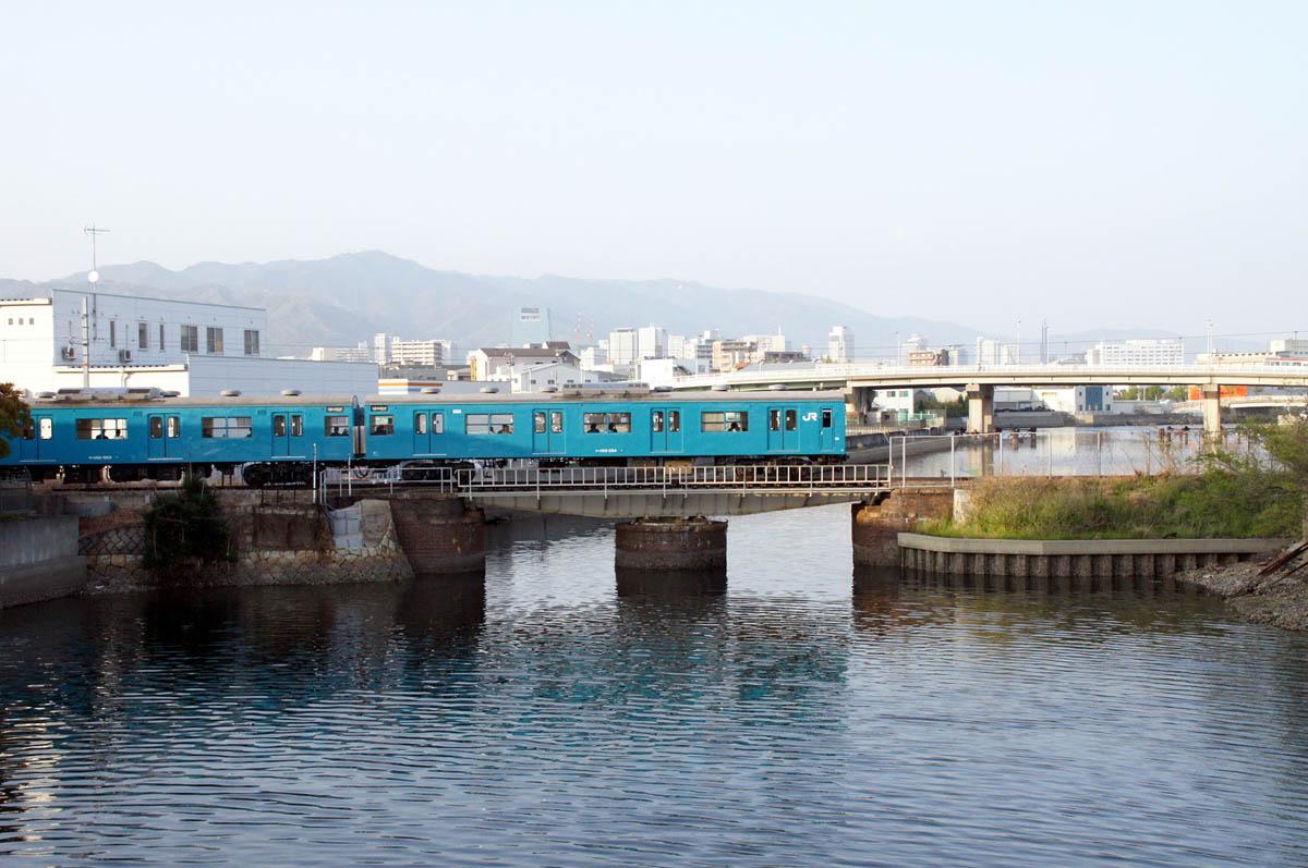 JRW Wadamisaki Line view-01.JPG