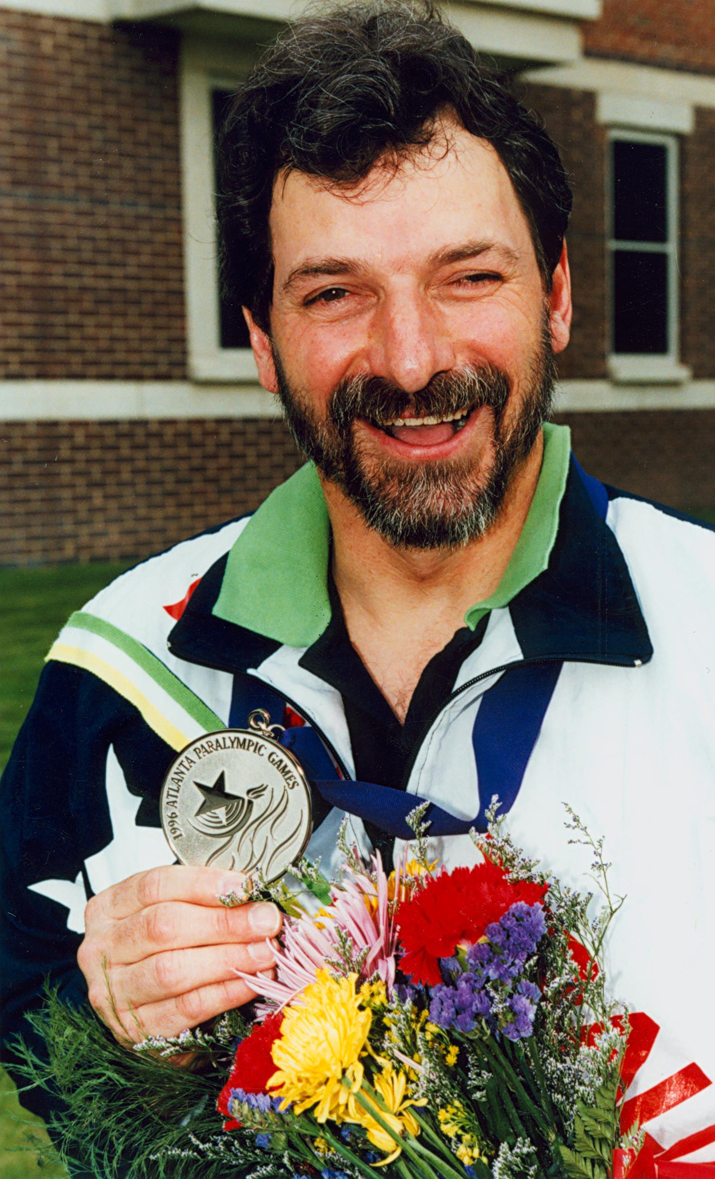 Image of James Nomarhas from Wikidata