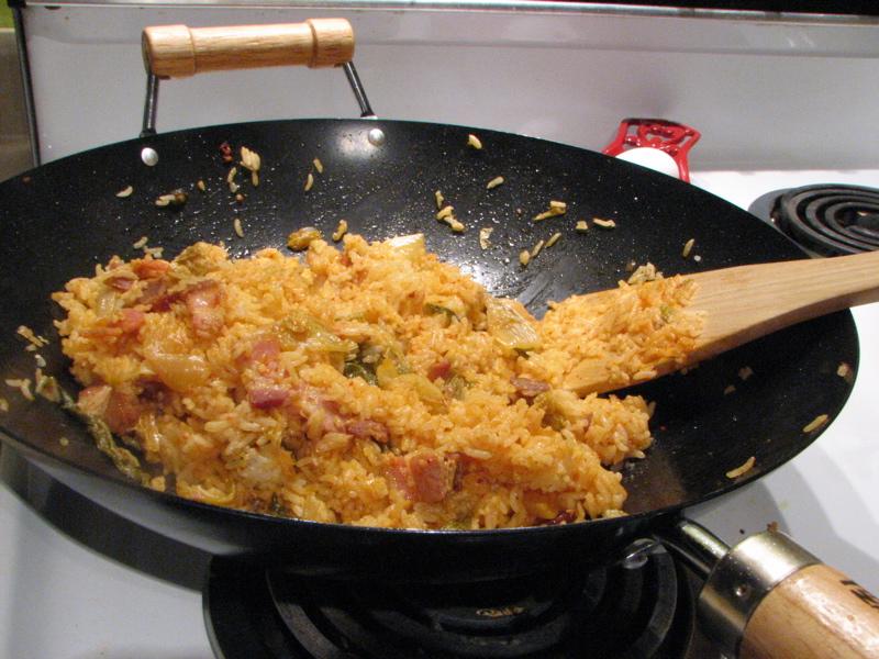 Berkas:Korean cuisine-Kimchi bokkeumbap.jpg