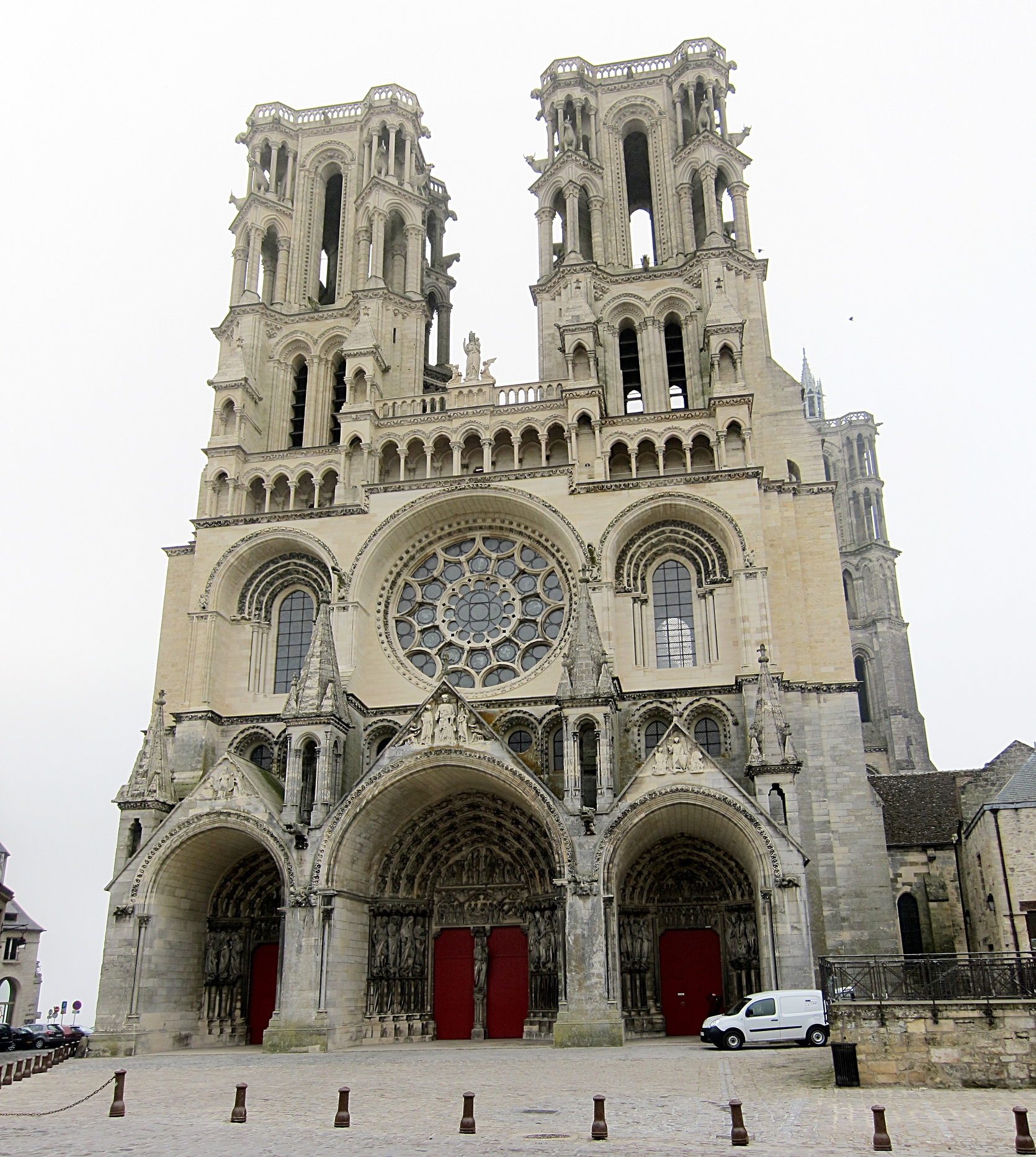 ファイル laon cathedrale jpg wikipedia