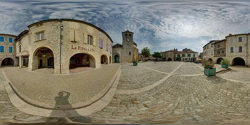 Lauzerte Place des Cornières 360°.jpg