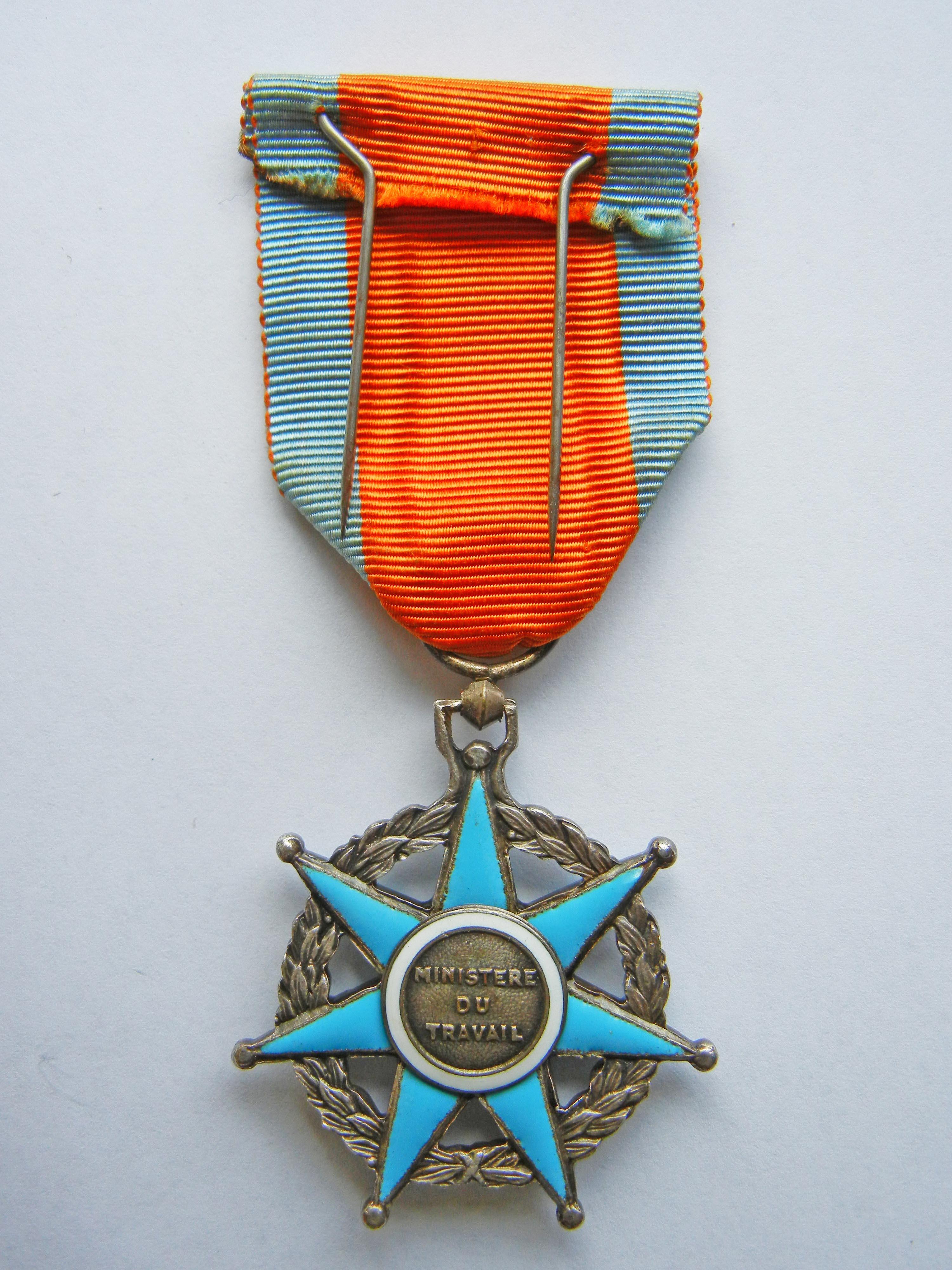 Troph/ée Sportif Medaille Ordre du MERITE AGRICOLE Chevalier