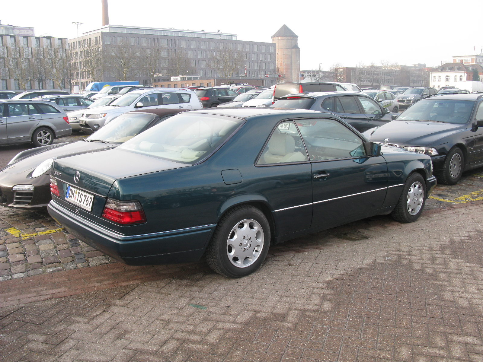 File Mercedes Benz E320 Coupe W124 12682773183 Jpg Wikimedia Commons