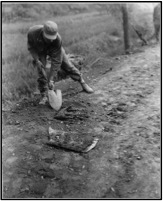 A Soldier From The 77th Engineer Company As Part Of 65th BEB Prepares To Remove Mine With Shovel On 15 September 1950