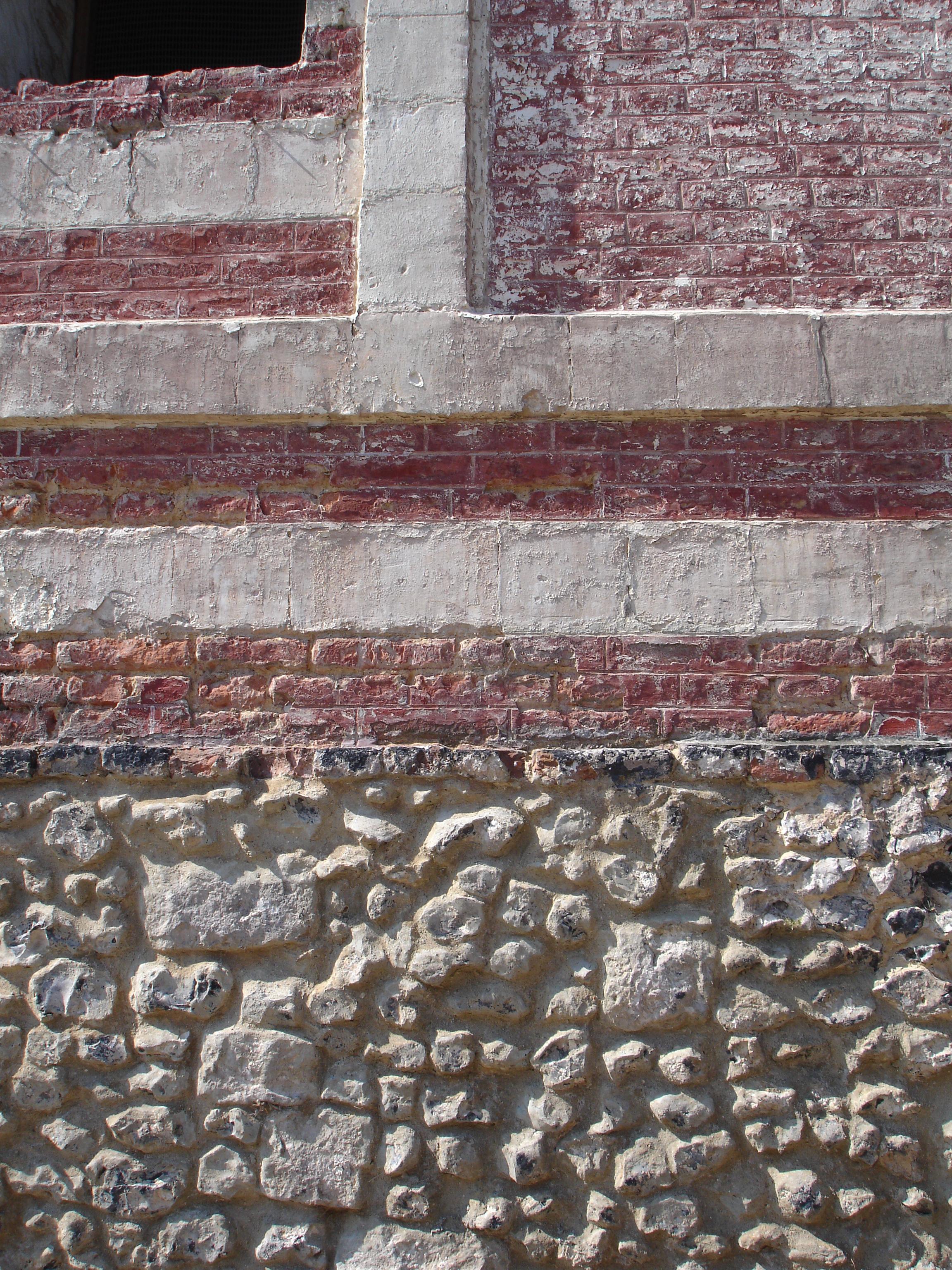 File mur craie et brique sur soubassement wikimedia commons - Revetement mural brique ...