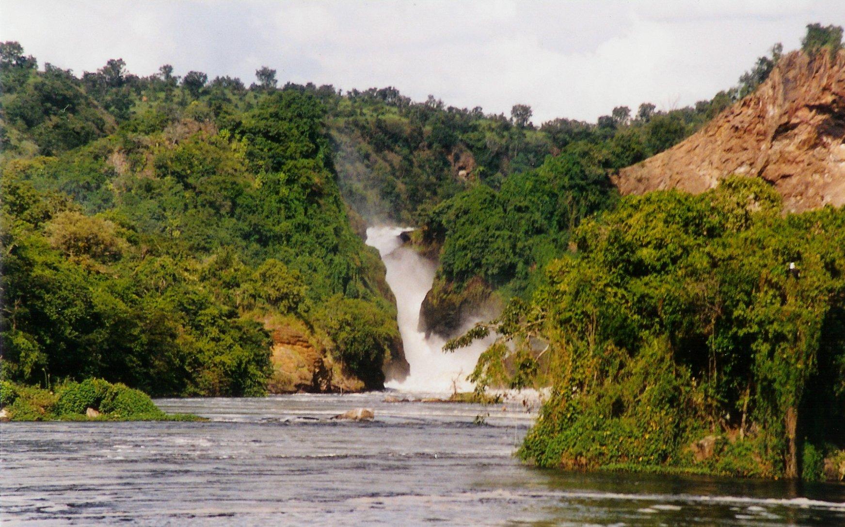 Aree protette africane: Il Murchinson Falls National Park è il parco nazionale più vasto dell'Uganda.