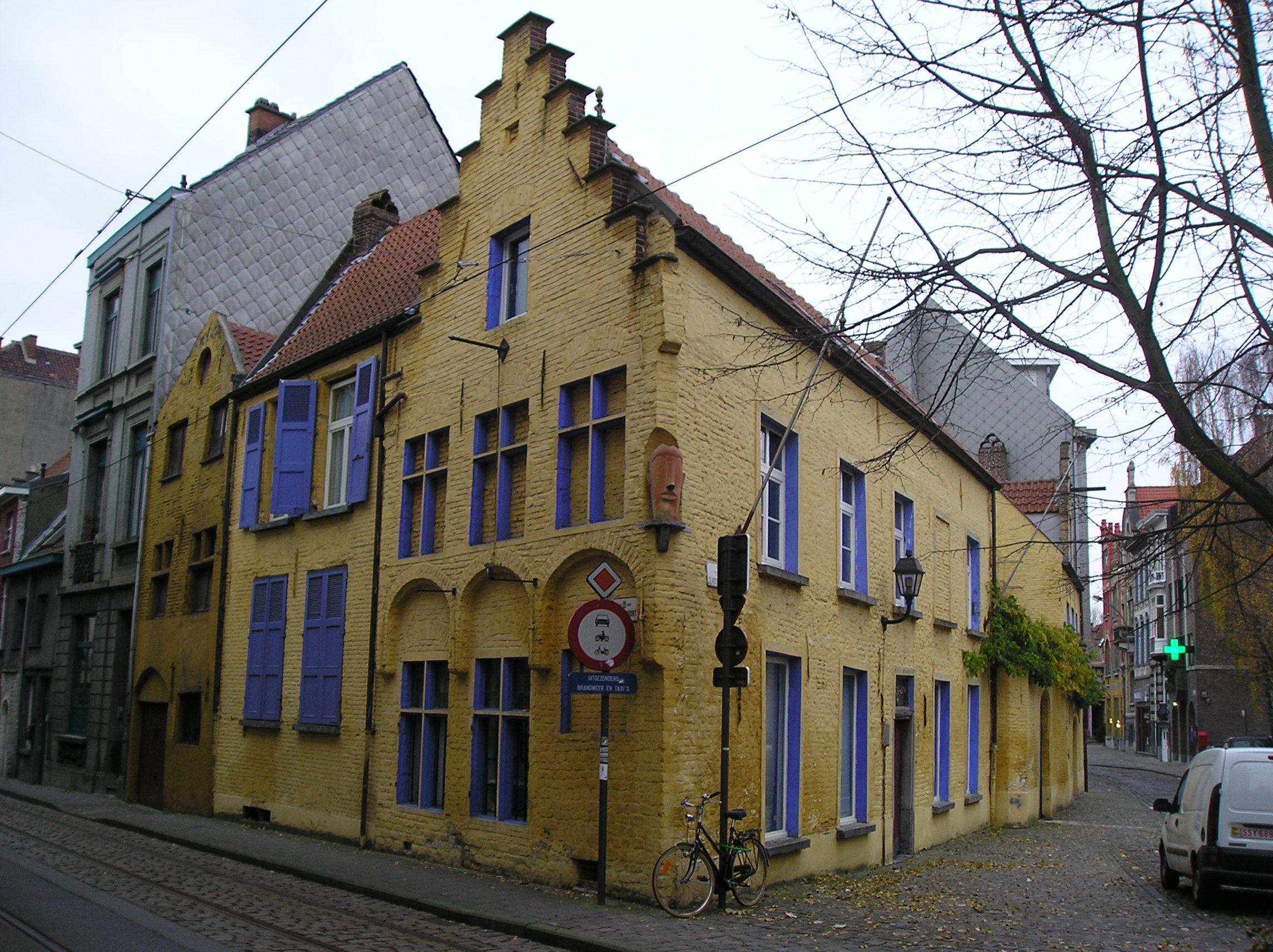 File oud geel huis jpg - Oud huis ...
