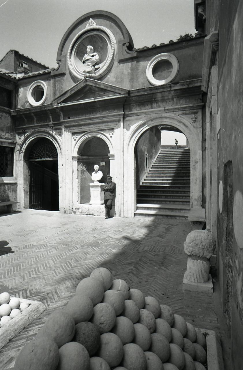 Intérieur du Chateau Saint Ange à Rome - Photo de Paolo Monti