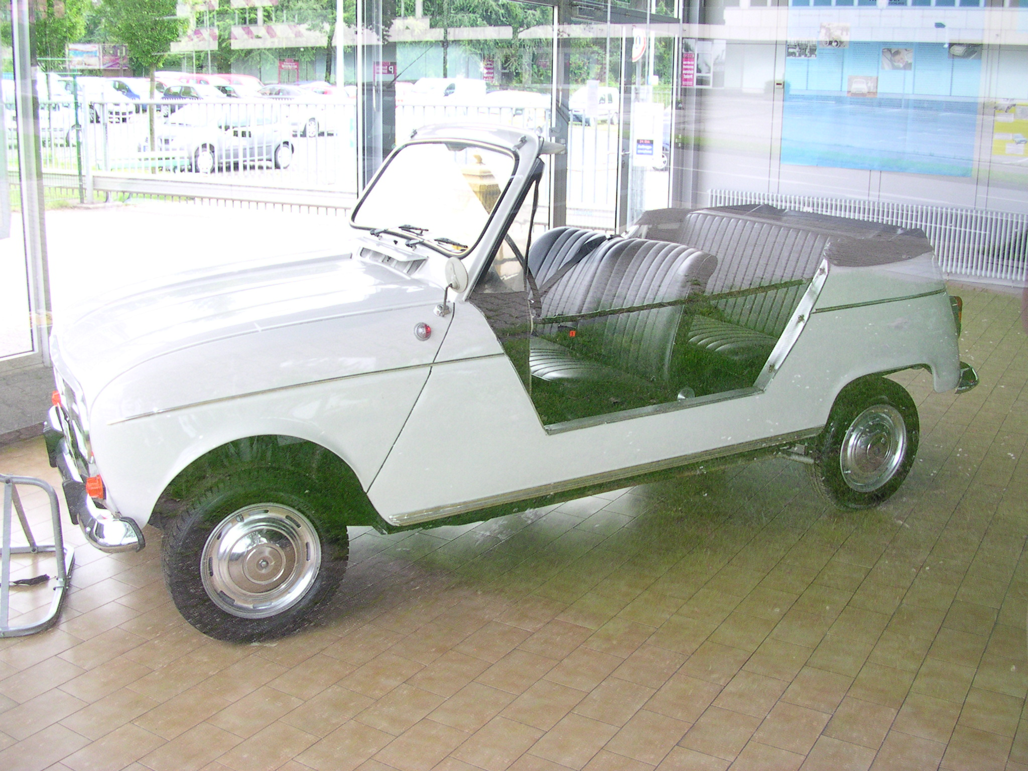 File Renault R4 Strandwagen 2 Jpg Wikimedia Commons