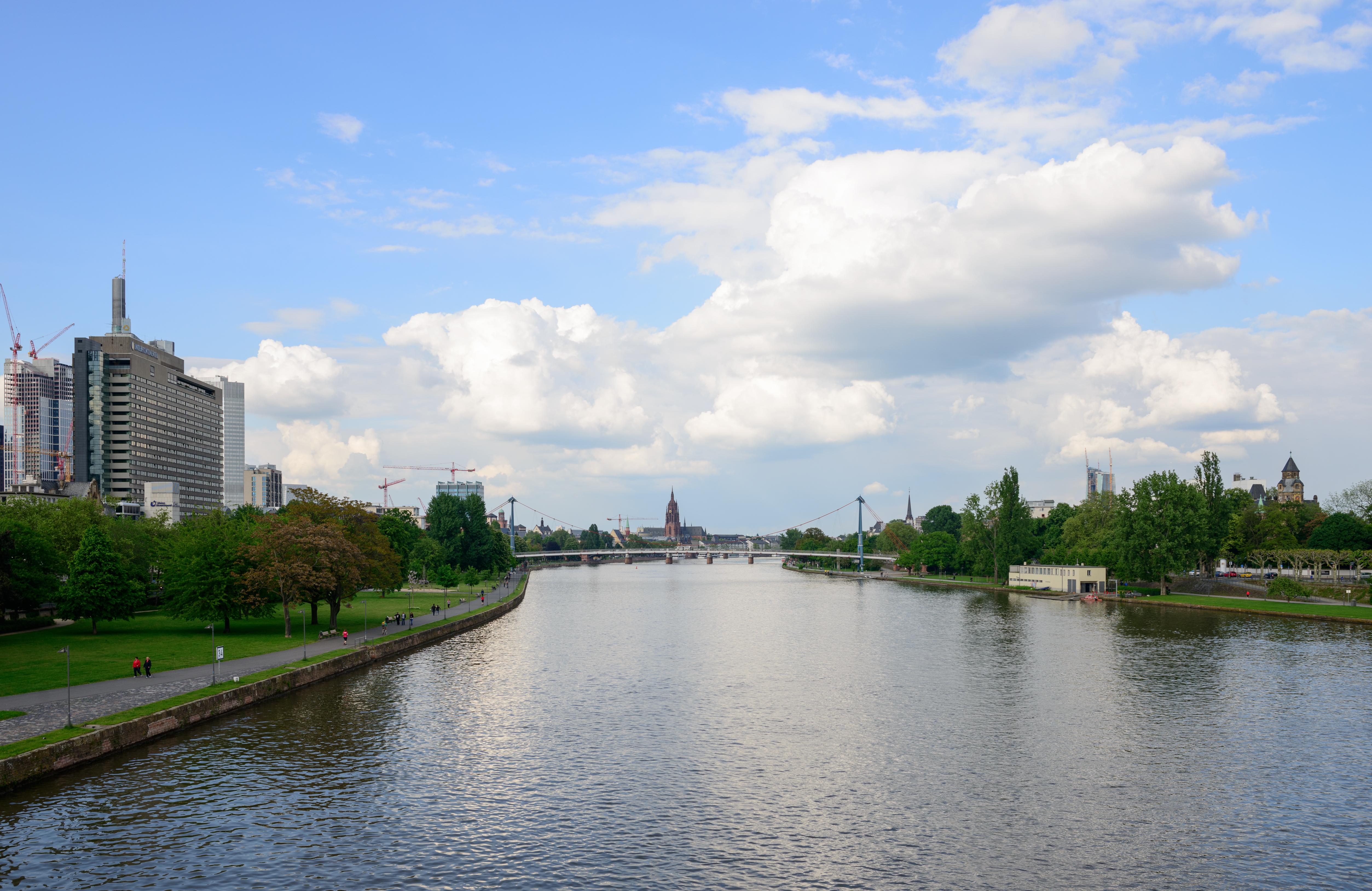 FileRiver Main At Frankfurt Main Germanyjpg Wikimedia Commons - Frankfurt river