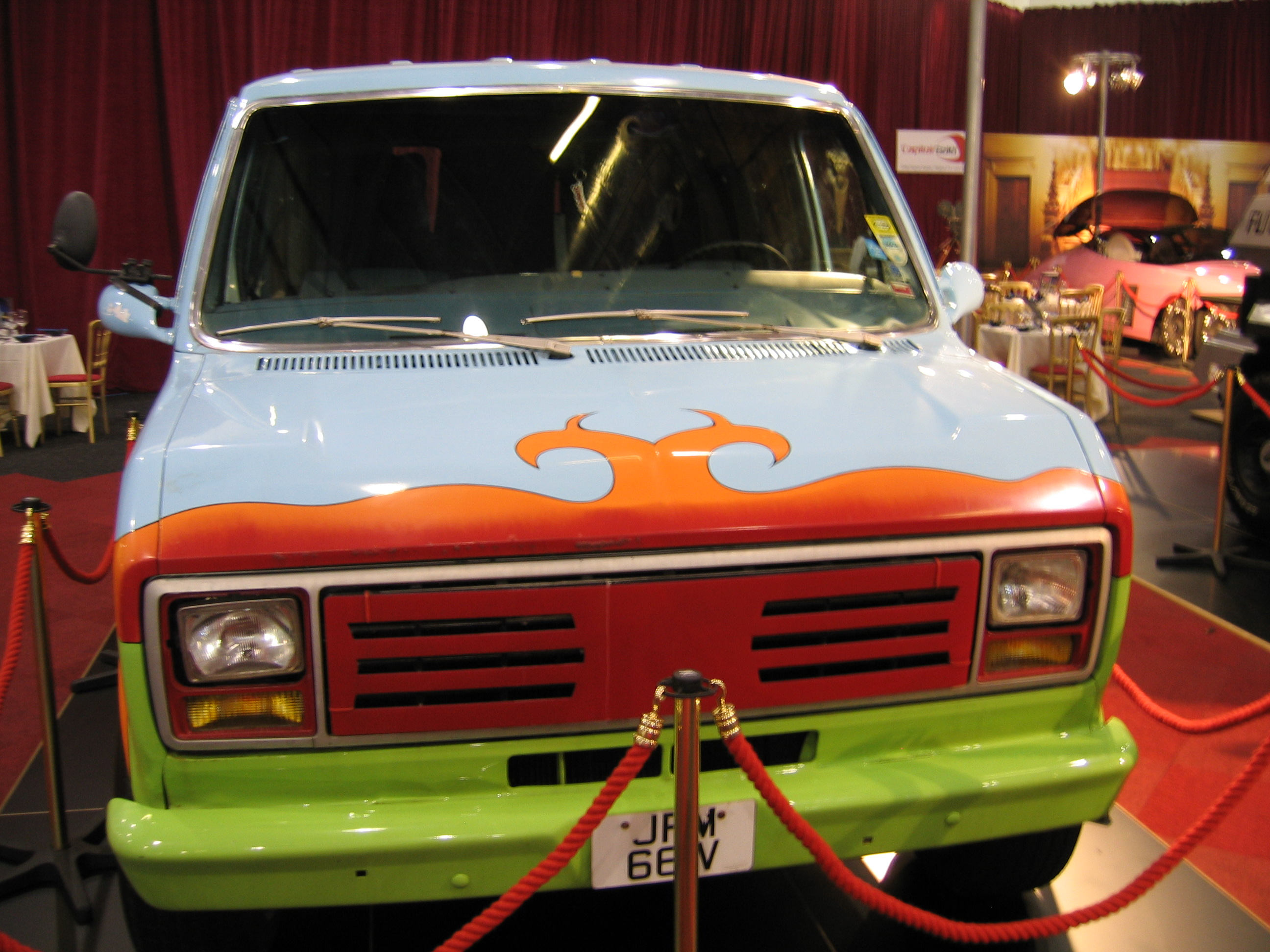 scooby doo ruh-roh, scooby doo the mystery car, scooby doo adventures, on scooby doo map in the mystery machine