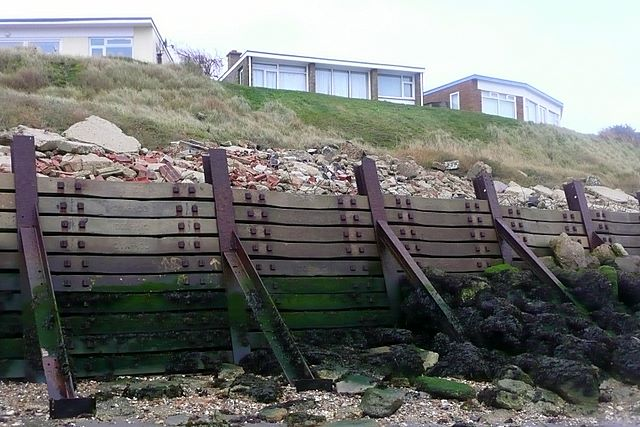 Solent Breezes holiday village - geograph.org.uk - 1147227